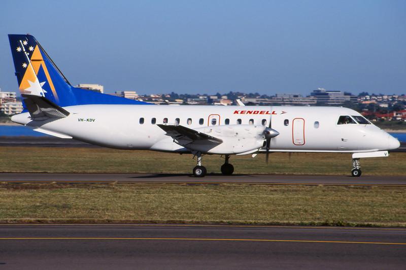 "VH-KDV SAAB SF.340B ""Kendell Airlines"" c/n 322 Sydney-Kingsford Smith/YSSY/SYD 02-05-99 (35mm slide)"