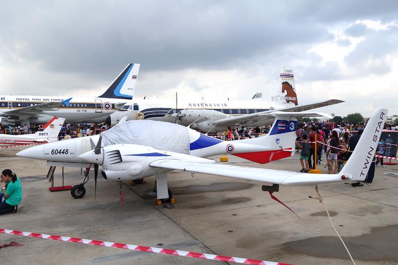 """B.F20-3/52 (60448/3) Diamond DA-42 Twin Star """"Royal Thai Air Force"""" c/n 42.386 Bangkok-Don Mueang/VTBD/DMK 09-01-16"""