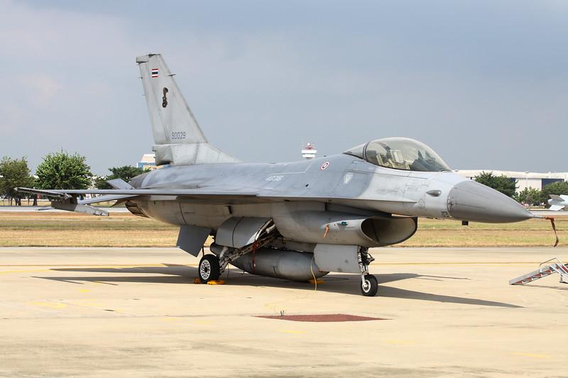"B.Kh19-34/39 (40316/90029) General Dynamics F-16A Fighting Falcon ""Royal Thai Air Force""  c/n HN-10 Bangkok-Don Mueang/VTBD/DMK 09-01-16"
