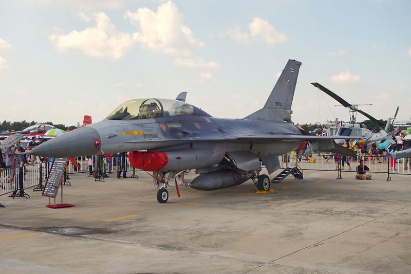 "B.Kh19k-__/__ (10320/87402) General Dynamics F-16B Fighting Falcon ""Royal Thai Air Force"" Bangkok-Don Mueang/VTBD/DMK 09-01-16"