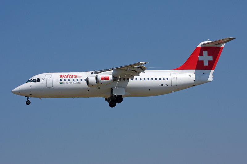 "HB-IYZ Avro RJ-100 c/n E3338 Barcelona-El Prat/LEBL/BCN 29-06-08 ""Airline for all fans"""