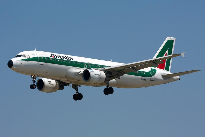 I-BIKL Airbus A320-214 c/n 1489 Barcelona-El Prat/LEBL/BCN 29-06-08