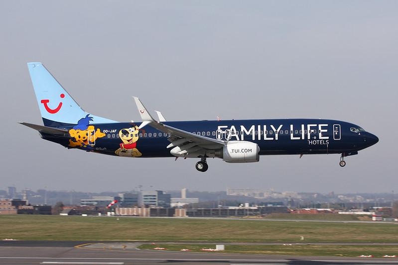 """OO-JAF Boeing 737-8K5 c/n 35133 Brussels/EBBR/BRU 26-03-17 """"Family Life Hotels"""""""