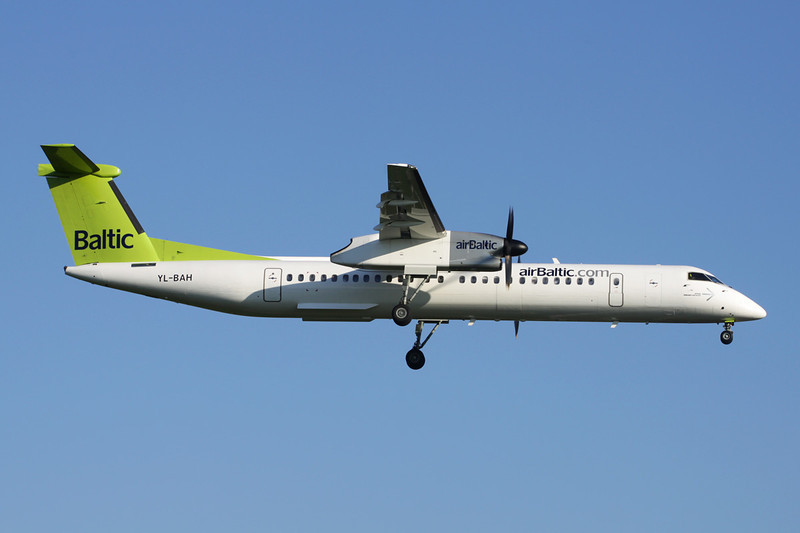 "YL-BAH de Havilland Canada DHC-8Q-402NG ""Air Baltic"" c/n 4296 Brussels/EBBR/BRU 27-05-13"