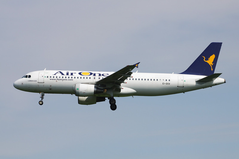"EI-DSV Airbus A320-216 c/n 3598 Brussels/EBBR/BRU 25-05-13 ""Air One"""