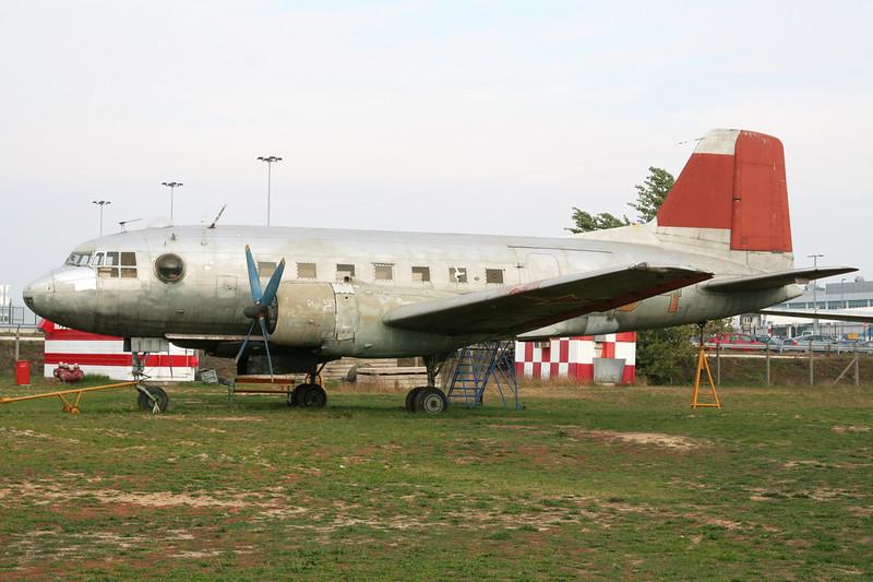 04 red Ilyushin IL-14G c/n 147001821 Budapest-Ferihegy/LHBP/BUD 27-09-07