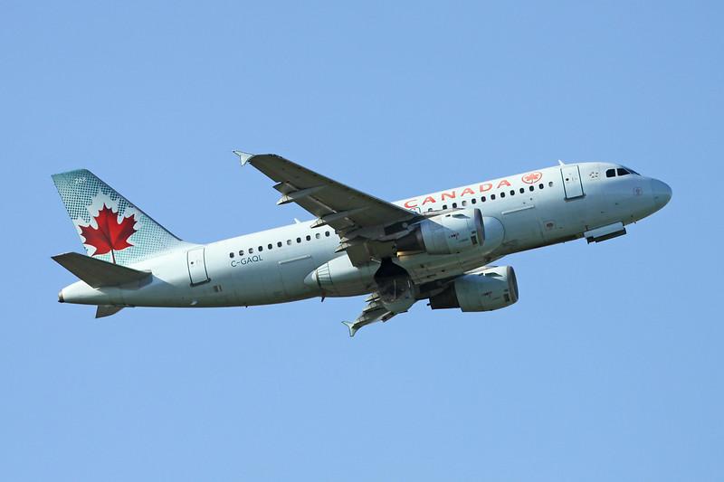 C-GAQL Airbus A319-114 c/n 0732 Vancouver/CYVR/YVR 28-04-14