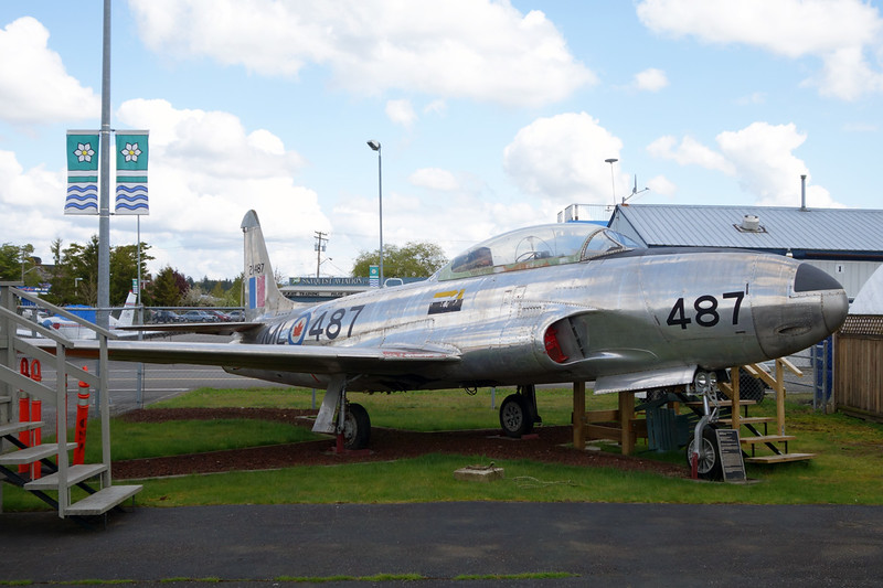 21487 (487) Canadair T-33AN Silver Star Mk.3 c/n T33-487 Langley/CYNJ 28-04-14