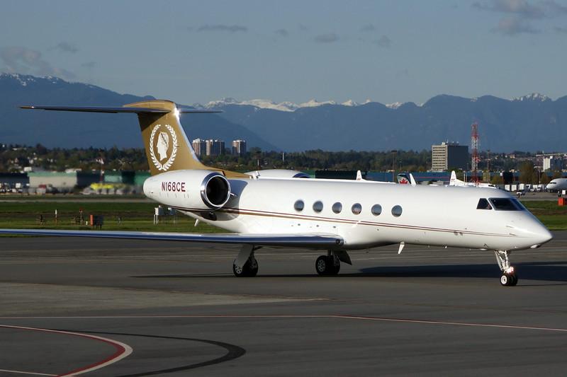 N168CE Gulfstream G5 c/n 568 Vancouver/CYVR/YVR 28-04-14