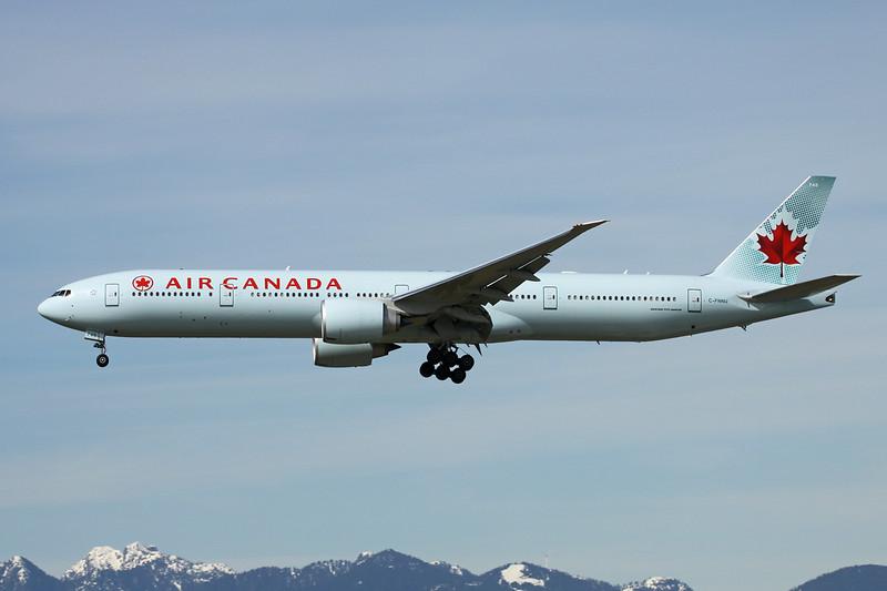 C-FNNU Boeing 777-333ER c/n 43249 Vancouver/CYVR/YVR 29-04-14
