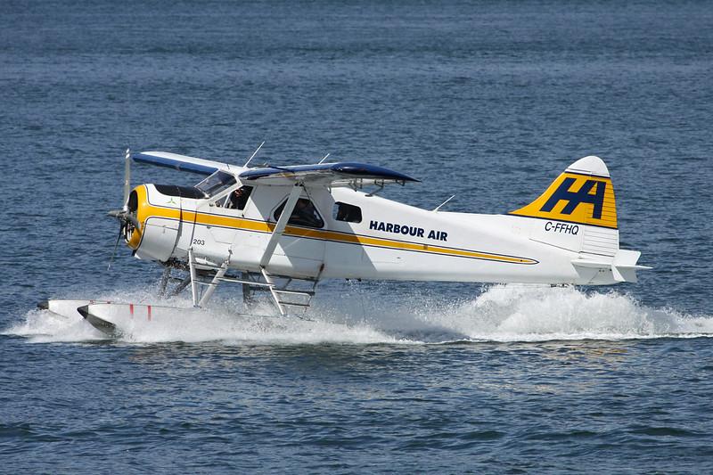 """C-FFHQ de Havilland Canada DHC-2 Beaver Mk.1 """"Harbour Air""""c/n 42 Vancouver-Harbour/CYHC/YHC 30-04-14"""