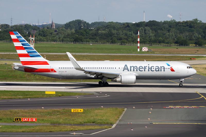 N372AA Boeing 767-323ER c/n 25199 Dusseldorf/EDDL/DUS 22-06-14