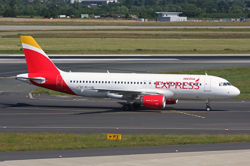 """EC-LUS Airbus A320-216 """"Iberia Express""""c/n 5501 Dusseldorf/EDDL/DUS 22-06-14"""