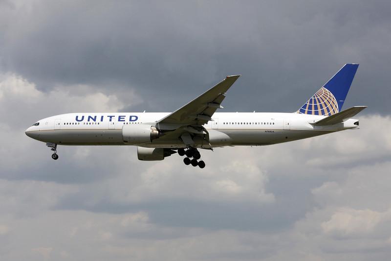 N788UA Boeing 777-222ER c/n 26942 Heathrow/EGLL/LHR 15-07-11
