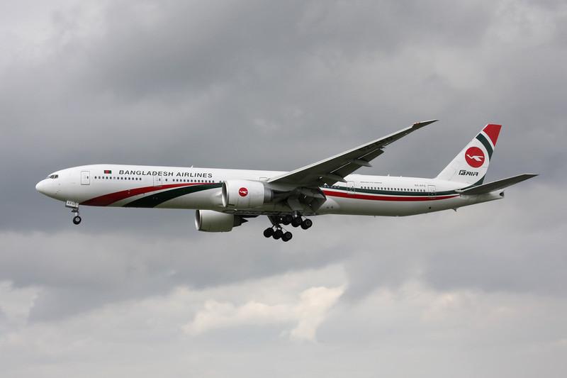"""S2-AFO Boeing 777-3E9ER """"Bangladesh Biman"""" c/n 40122 Heathrow/EGLL/LHR 08-07-12"""