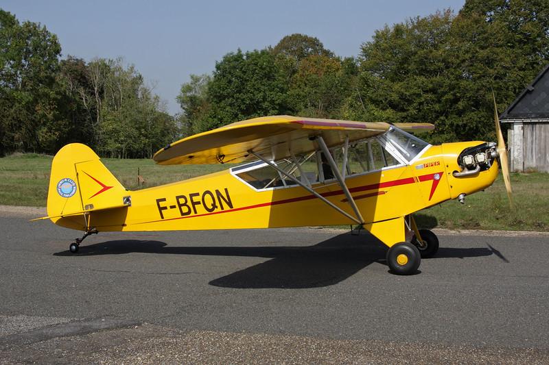 F-BFQN Piper J/3C-65 Cub c/n 11725 St.Andre de L'Eure/LFFD 10-10-10