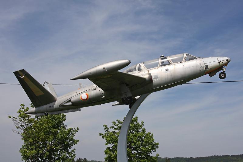 162 Fouga CM-170R Magister c/n 162 Pontarlier/LFSP