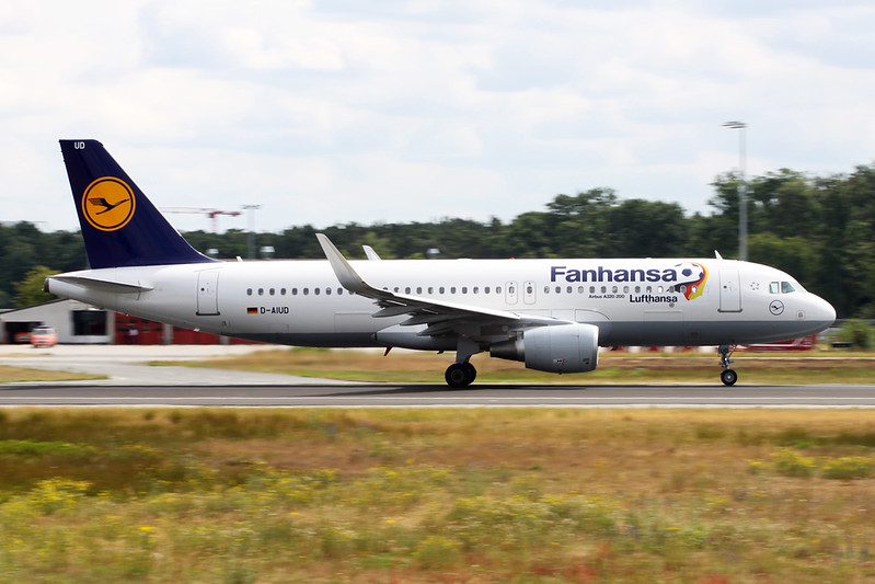 "D-AIUD Airbus A320-214 c/n 6033 Frankfurt/EDDF/FRA 26-06-14 ""Fanhansa"""