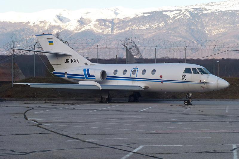 UR-KKA Dassault Falcon 20F c/n 389 Geneva/LSGG/GVA 14-01-12