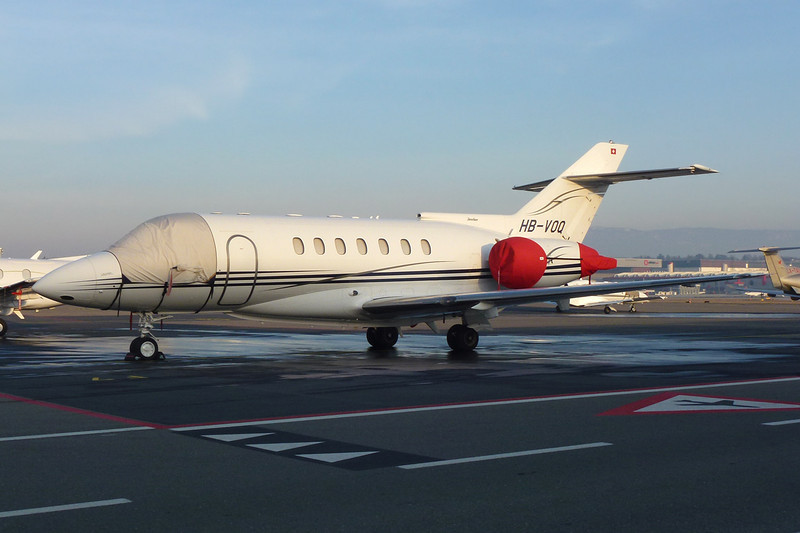 HB-VOQ Hawker-Siddley 125-1000A c/n 259021 Geneva/LSGG/GVA 18-01-12
