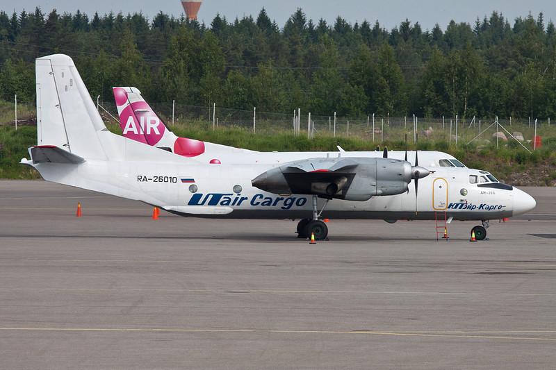 """RA-26010 Antonov An-26B """"UTAir Cargo"""" c/n 99-06 Helsinki-Vantaa/EFHK/HEL 19-06-11"""
