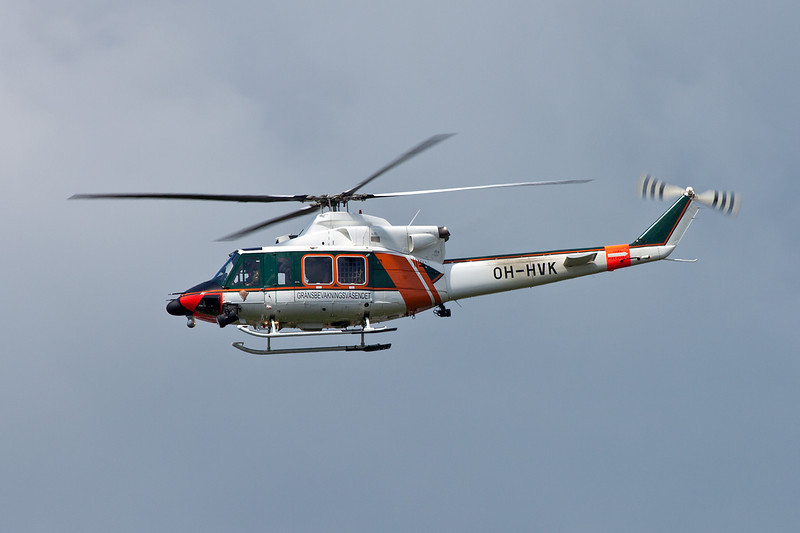 OH-HVK Bell Helicopters 412EP c/n 36242 Helsinki-Vantaa/EFHK/HEL 20-06-11