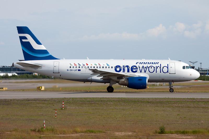 "OH-LVF Airbus A319-112 c/n 1808 Helsinki-Vantaa/EFHK/HEL 20-06-11 ""One World"""