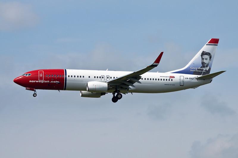 """LN-DYJ Boeing 737-8JP c/n 39045 Helsinki-Vantaa/EFHK/HEL 19-06-11 """"Georg Brandes"""""""