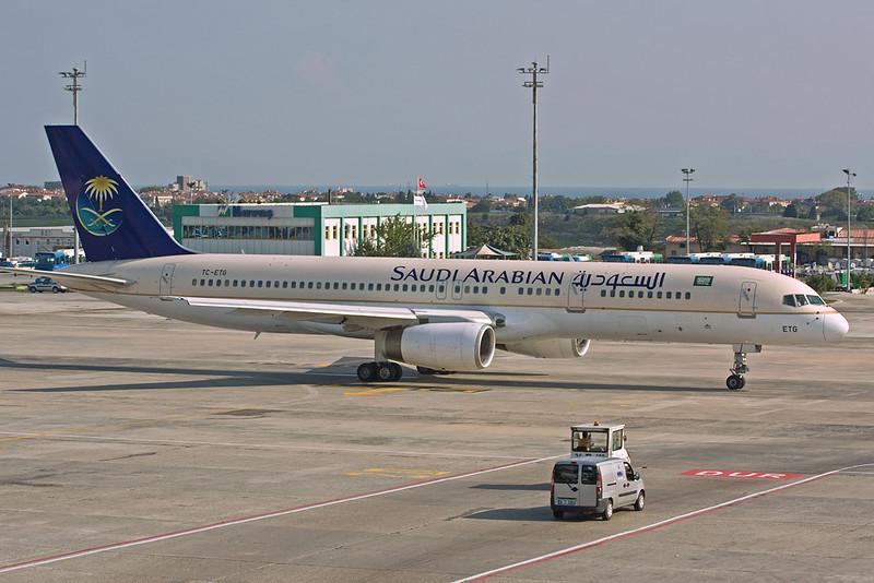 """TC-ETG Boeing 757-256 c/n 26254 Istanbul-Ataturk/LTBA/IST 16-09-09 """"SVA c/s"""""""