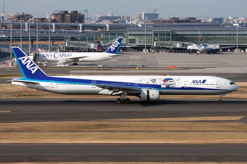 "JA755A Boeing 777-381 c/n 28275 Tokyo-Haneda/RJTT/HND 26-02-11 ""GUNDAM"""