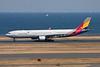 HL7792 Airbus A330-323X c/n 1001 Tokyo-Haneda/RJTT/HND 26-02-11