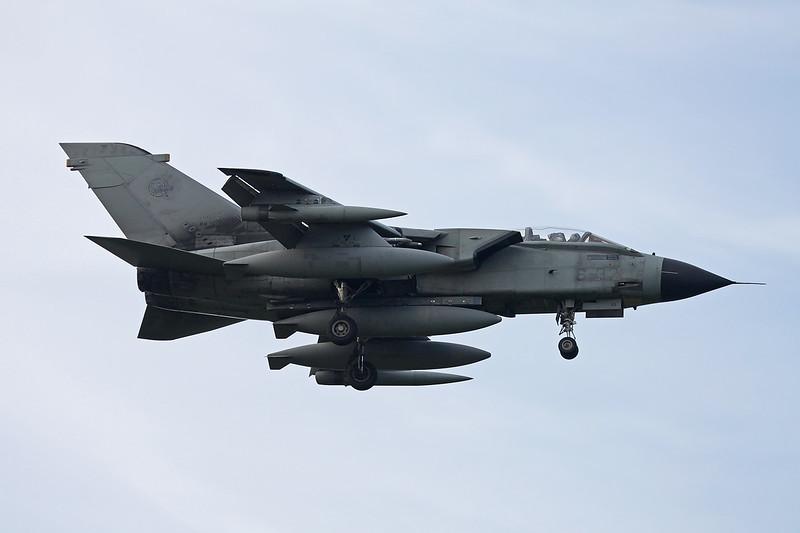 """MM7015 (6-32) BAe/Panavia Tornado IDS """"Italian Air Force"""" c/n IS014 Kleine-Brogel/EBBL 23-10-12"""