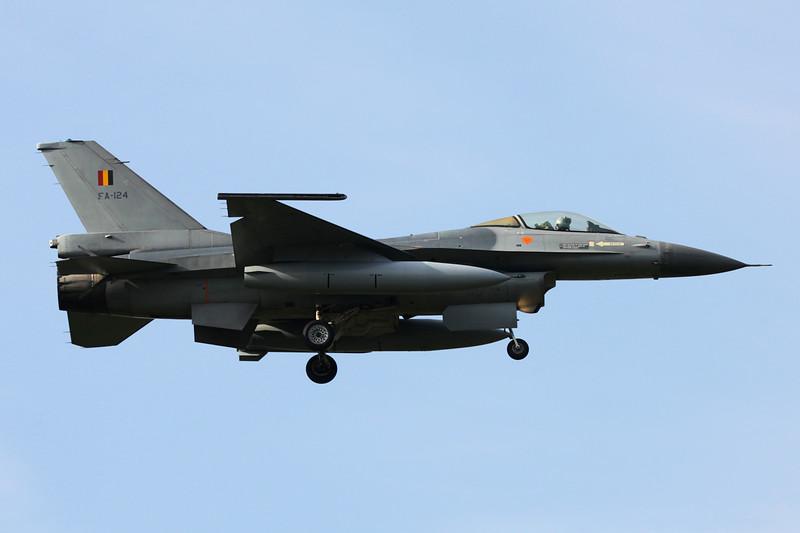 """FA-124 General Dynamics F-16AM Fighting Falcon """"Belgian Air Force"""" c/n 6H-124 Kleine-Brogel/EBBL 23-10-12"""