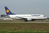 """D-ABXL Boeing 737-330 c/n 23531 Milan-Malpensa/LIMC/MXP 24-09-06 """"Football Nose"""""""