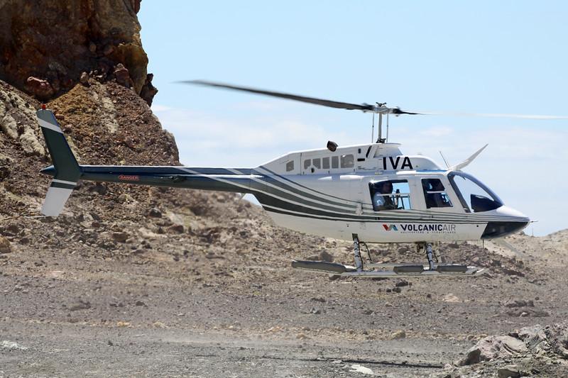 ZK-IVA Bell Helicopters 206B-3 JetRanger III c/n 2407 White Island 26-01-15
