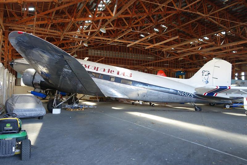 "N451ZS Douglas DC-3 R4D-1 ""Airscapade Affairs"" c/n 4363 Blenheim-Omaka/NZOM 07-02-15"
