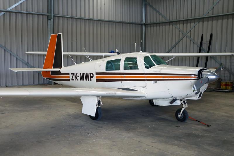 ZK-MWP Mooney M.20C c/n 680095 Auckland-North Shore/NZNE 06-02-15