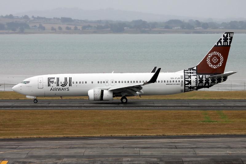 """DQ-FJH Boeing 737-8X2 """"Fiji Airways"""" c/n 29969 Auckland/NZAA/AKL 01-02-15"""
