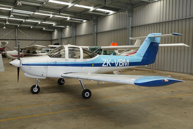 ZK-VBM Piper PA-38-112 Tomahawk c/n 38-79A0608 Auckland-North Shore/NZNE 06-02-15