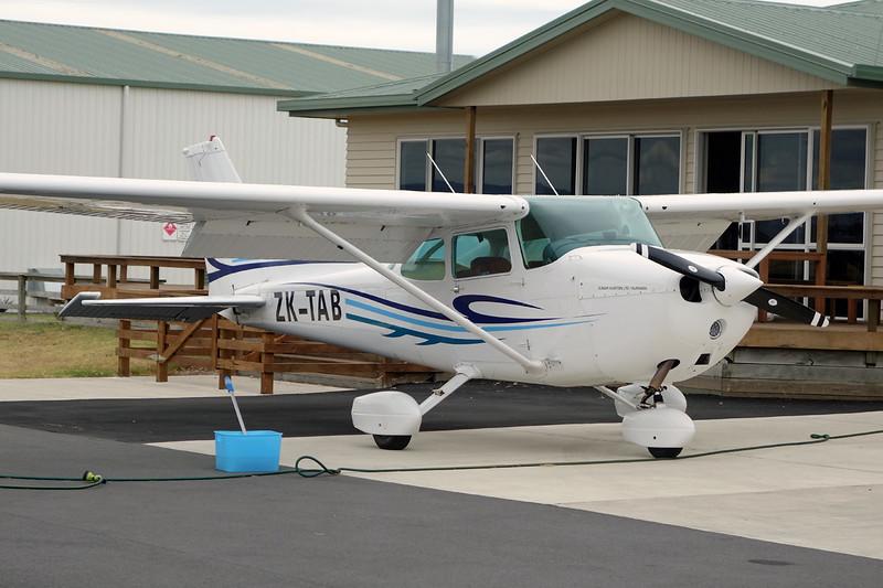 ZK-TAB Cessna 172N c/n 172-73811 Tauranga/NZTG/TRG 27-01-15