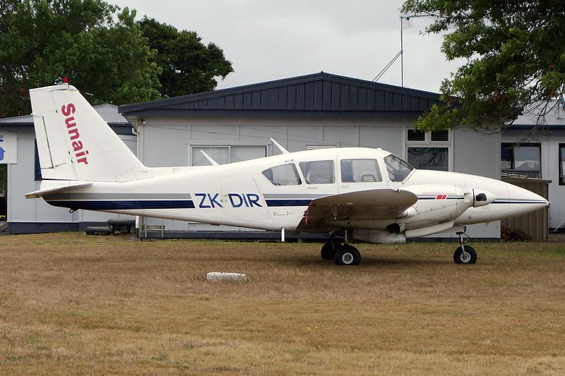 ZK-DIR Piper PA-23-250 Aztec D c/n 27-4242 Ardmore/NZAR/AMZ 01-02-15