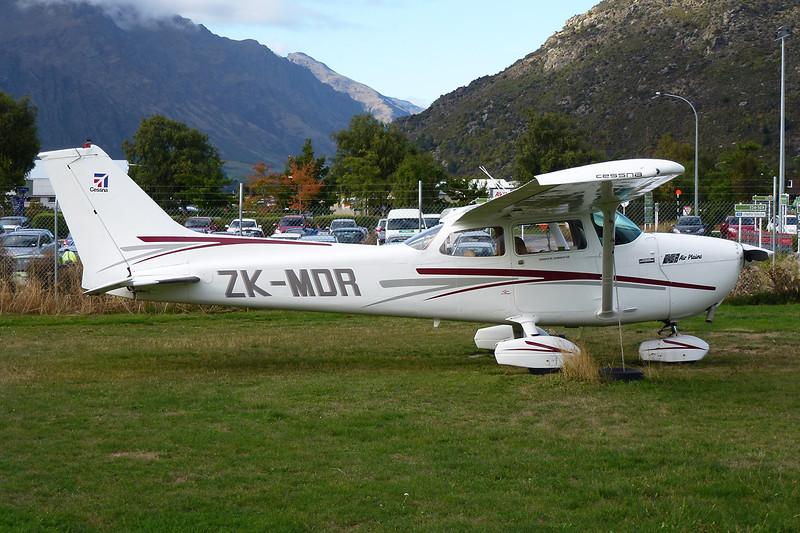 ZK-MDR Cessna 172N c/n 172-68885 Queenstown/NZQN/ZQN 19-03-12