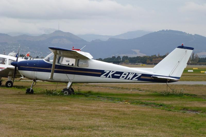 ZK-BWZ Cessna 172A c/n 47505 Christchurch/NZCH/CHC 12-04-12