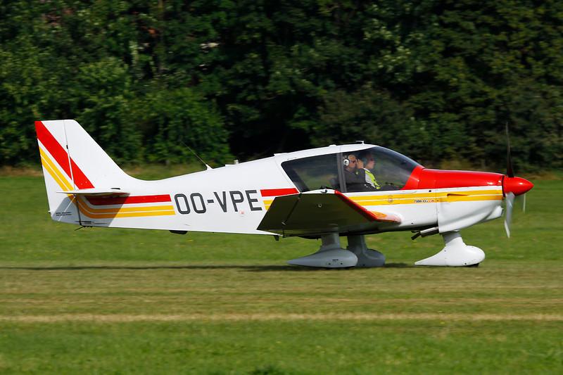 OO-VPE Robin DR.400-135CDi Ecoflyer c/n 2598 Schaffern-Diest/EBDT 12-08-12