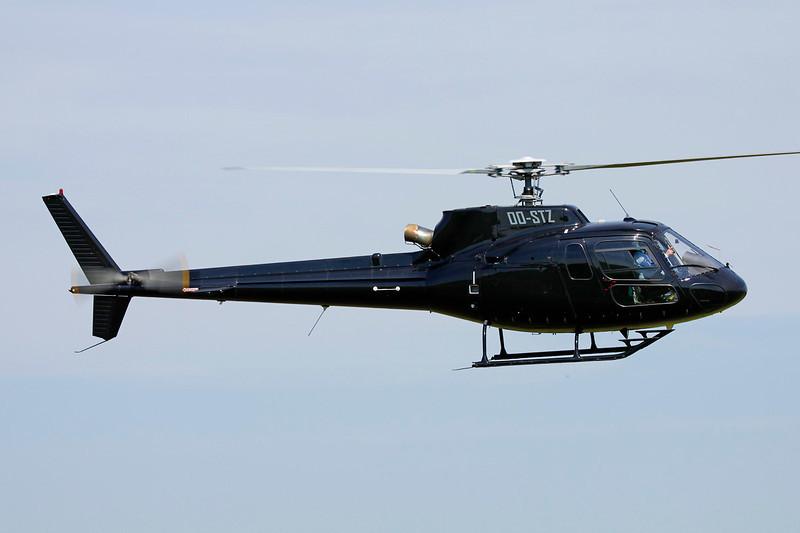 OO-STZ Eurocopter AS.350B2 Ecureuil c/n 4303 Schaffen-Diest/EBDT 12-08-12