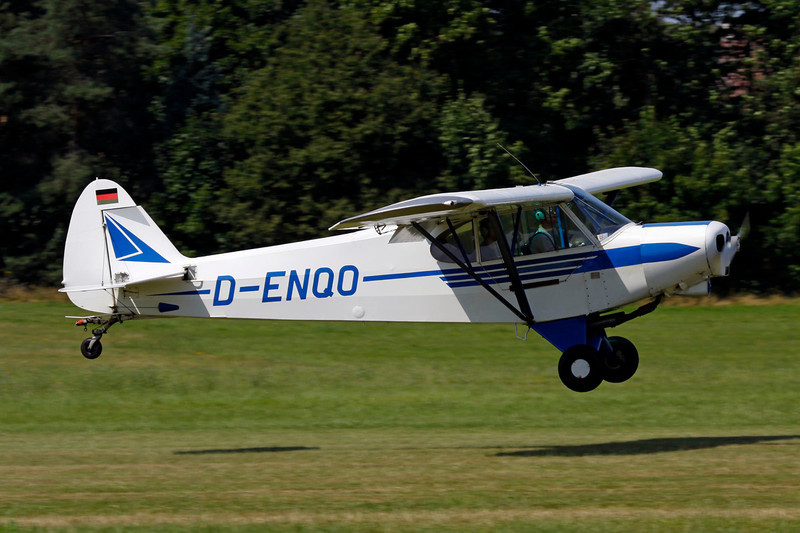 D-ENQO Piper PA-18-150 Super Cub c/n 18-8202 Schaffen-Diest/EBDT 12-08-12