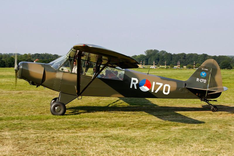 PH-ENJ (54-2460/R-170) Piper L-21B-135 Super Cub c/n 18-2540 Schaffen-Diest/EBDT 11-08-12