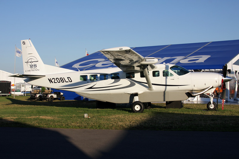 N208LD Cessna 208B c/n 208B-2176 Oshkosh/KOSH/OSH 28-07-10