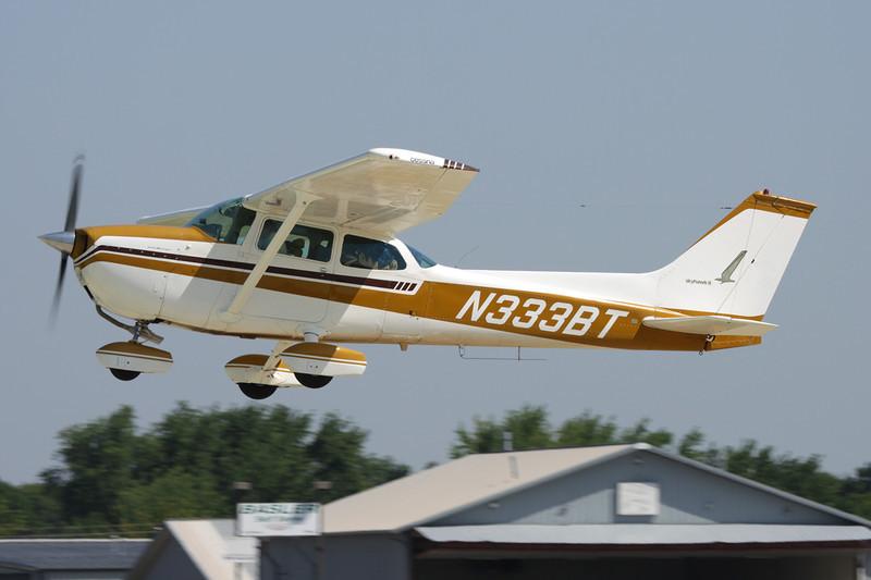 N333BT Cessna 172M c/n 172-65369 Oshkosh/KOSH/OSH 29-07-10
