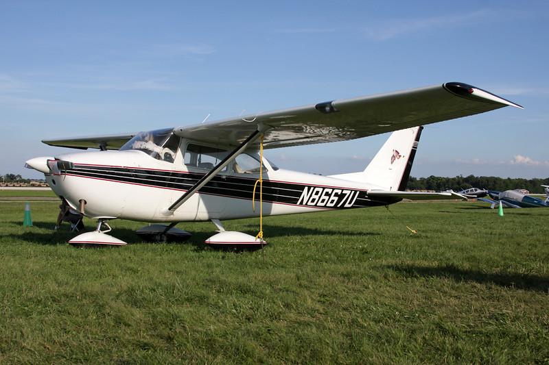 N8667U Cessna 172F c/n 172-52570 Oshkosh/KOSH/OSH 26-07-10